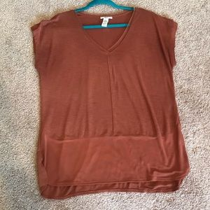 Rust color tee
